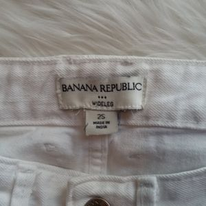 Banana Republic jeans white- 30 inseam length